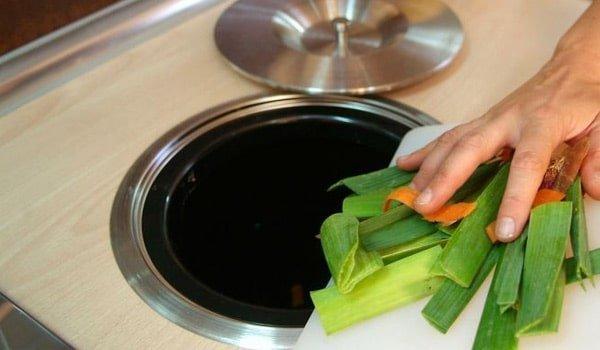 Cubos de basura integrados | Cocinas Nogales