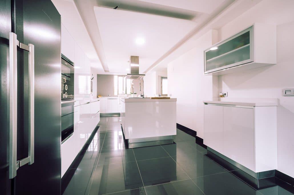 Diseño Jaras Blancas - Cocinas Nogales en Sevilla